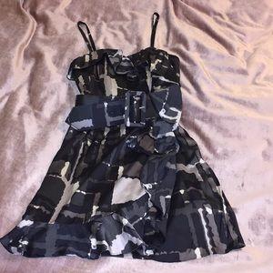 ⚠️FINAL⚠️ EXPRESS Gray ruffle belted dress